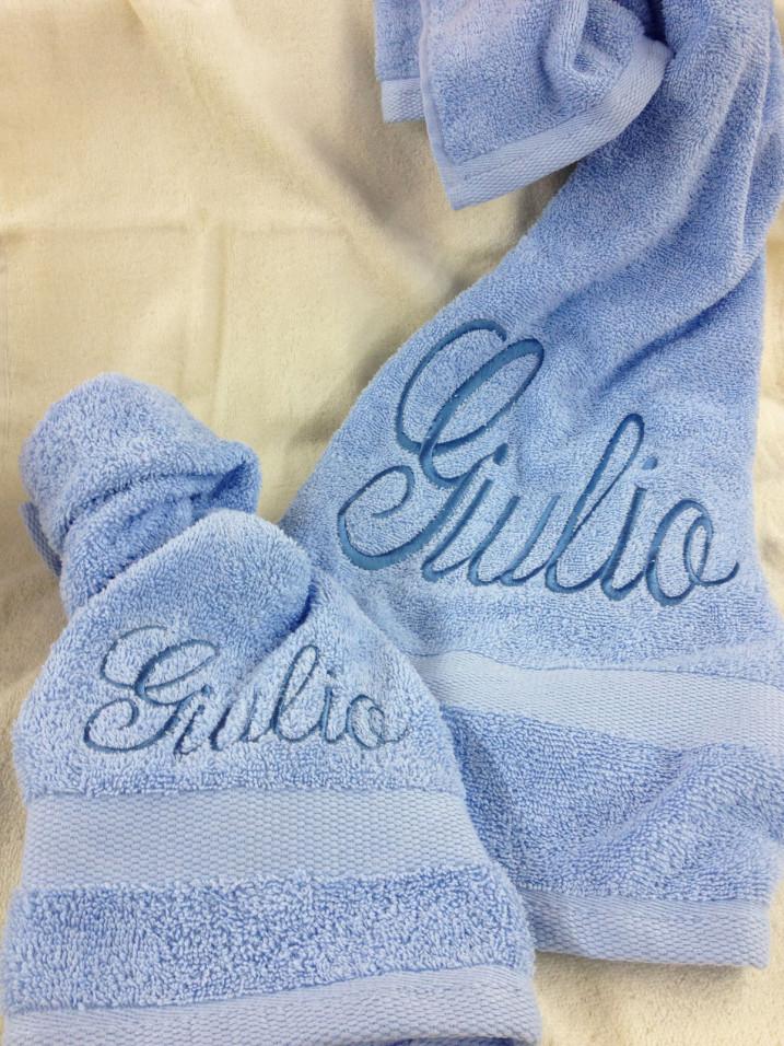 Set asciugamani con NOME RICAMATO BAMBINO